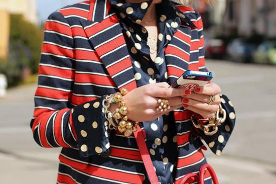 4 Stripes & Dots