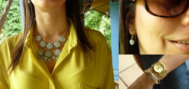 Me encantó la combinación del color del collar con el amarillo de la blusa.