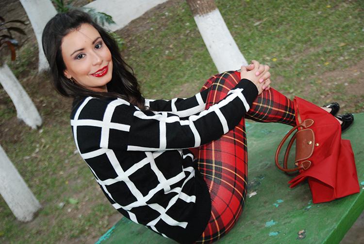 Fashion - Plaid Leggings by Soniux Valdés