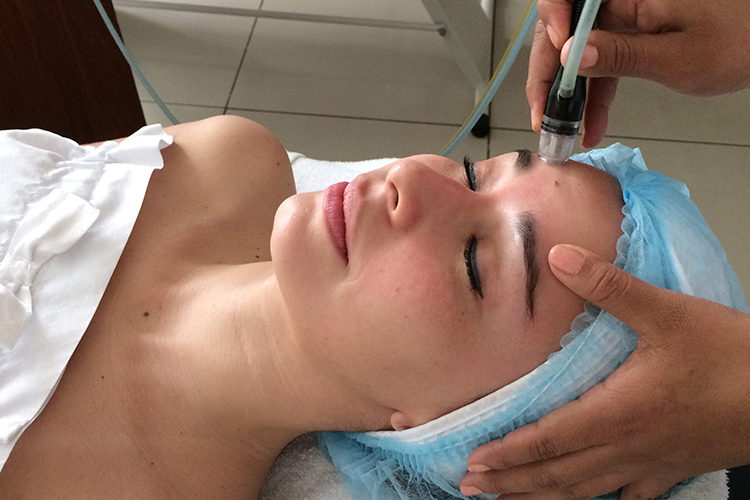 Facial-Silkpeel-Dermalinfusion by Sonia Valdés