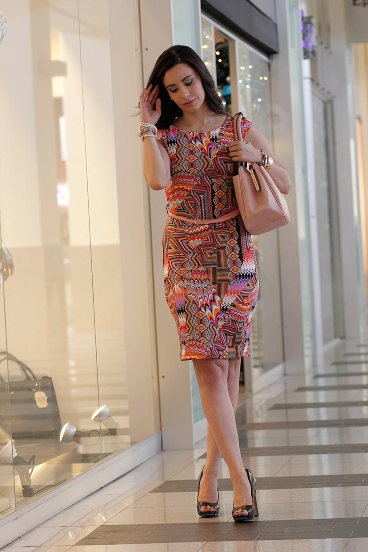Fashion - Debout by Sonia Valdés