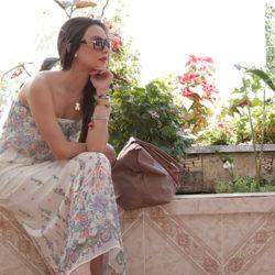 Fashion - Cream & Neon by Sonia Valdés