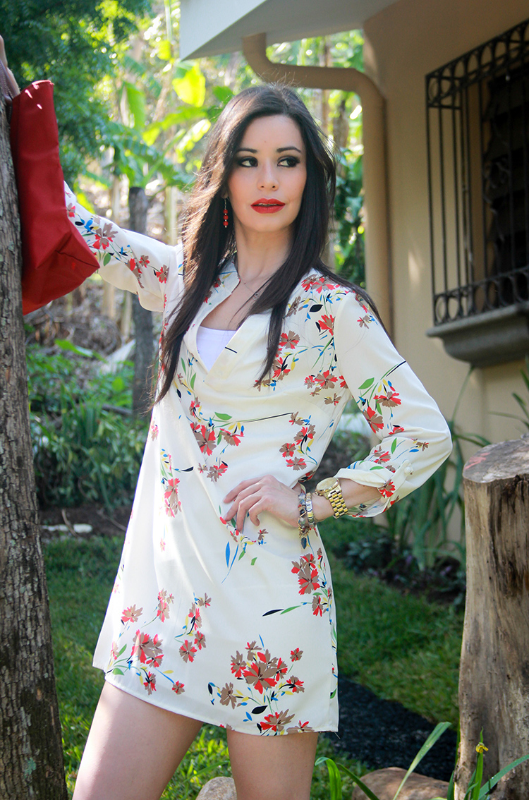 Floral Print Tunic & Red by Sonia Valdés