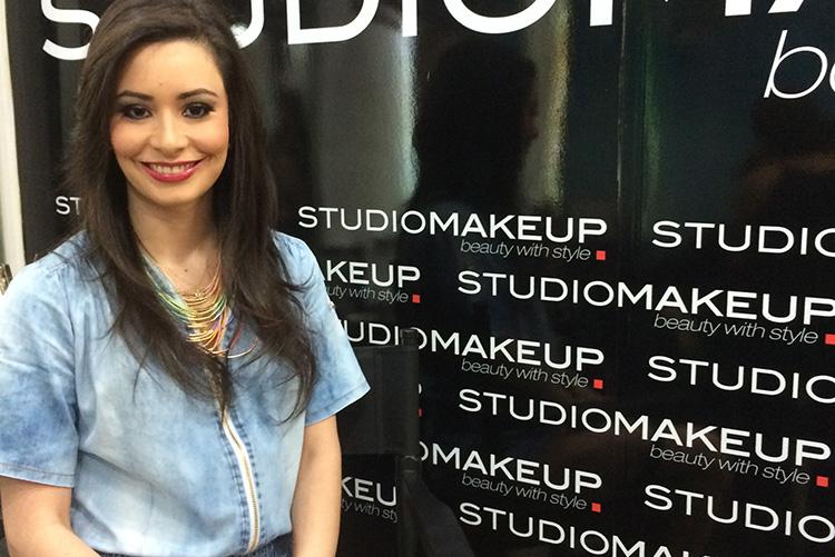 Belleza - Maquillaje Profesional En Soho Salon by Sonia Valdés