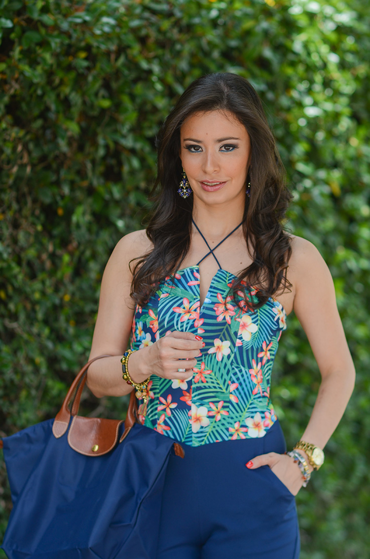 Fashion-Floral-Print-&-Navy-Jumpsuit-by-Sonia-Valdes_0405