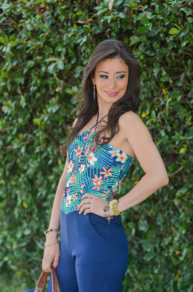 Fashion-Floral-Print-&-Navy-Jumpsuit-by-Sonia-Valdes_0422