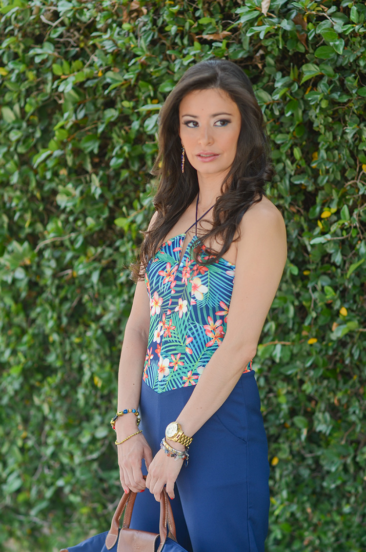 Fashion-Floral-Print-&-Navy-Jumpsuit-by-Sonia-Valdes_0425