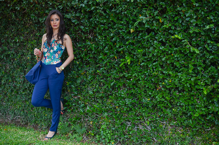 Fashion-Floral-Print-&-Navy-Jumpsuit-by-Sonia-Valdes_0430