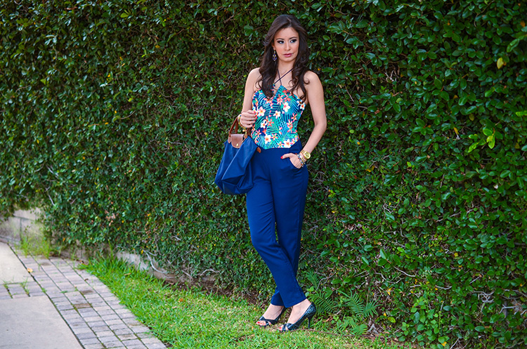 Fashion-Floral-Print-&-Navy-Jumpsuit-by-Sonia-Valdes_0441