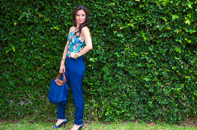 Fashion-Floral-Print-&-Navy-Jumpsuit-by-Sonia-Valdes_0481