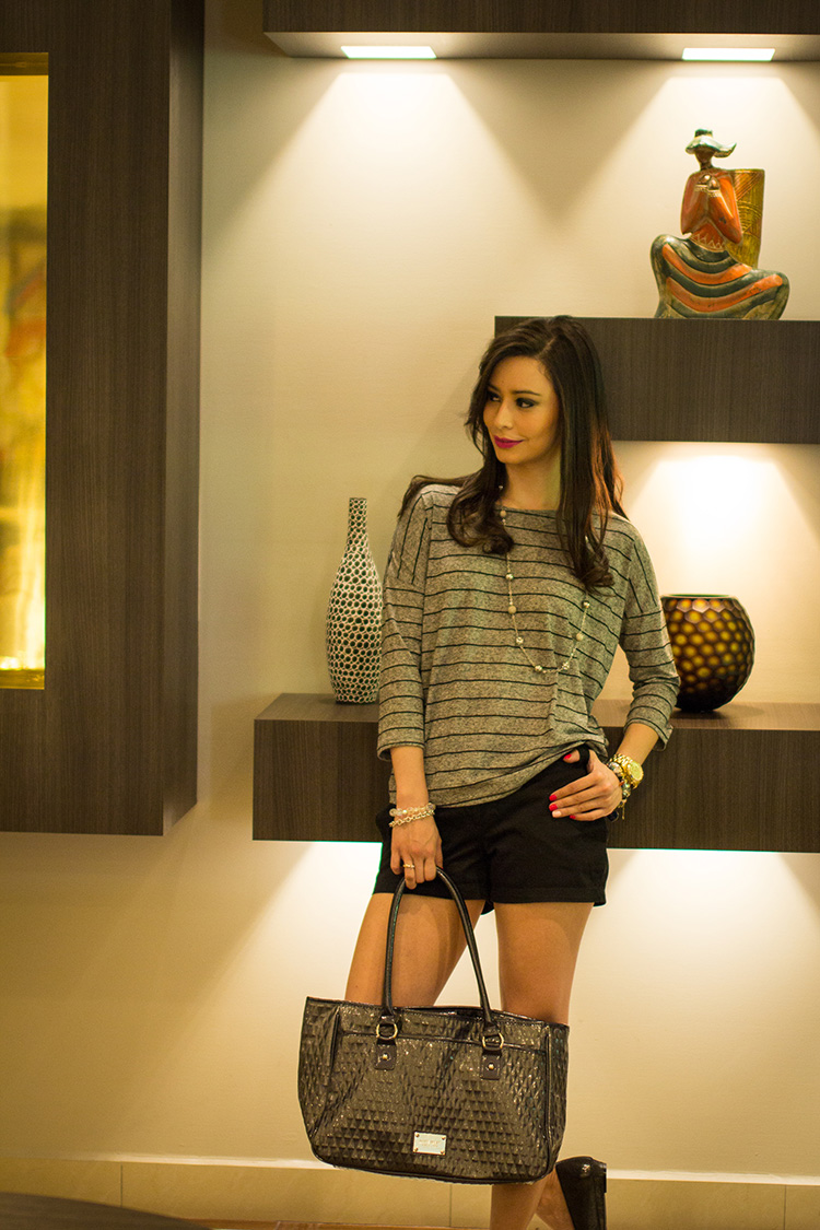 Fashion-Silver-Slippers-by-Sonia-Valdes_5380