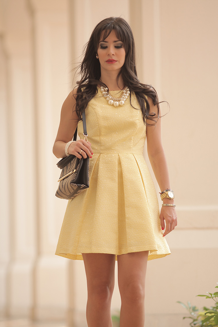 Fashion-Pastel-Yellow-Dress-by-Sonia-Valdes_9610