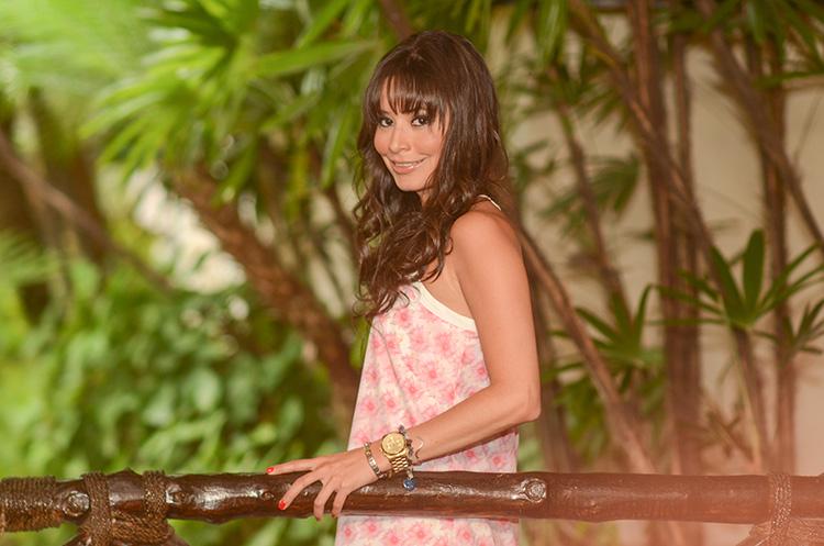 pink-floral-print-dress-_6069
