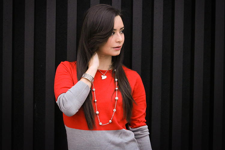 Colorblocked Knit Sweater Red & Gray