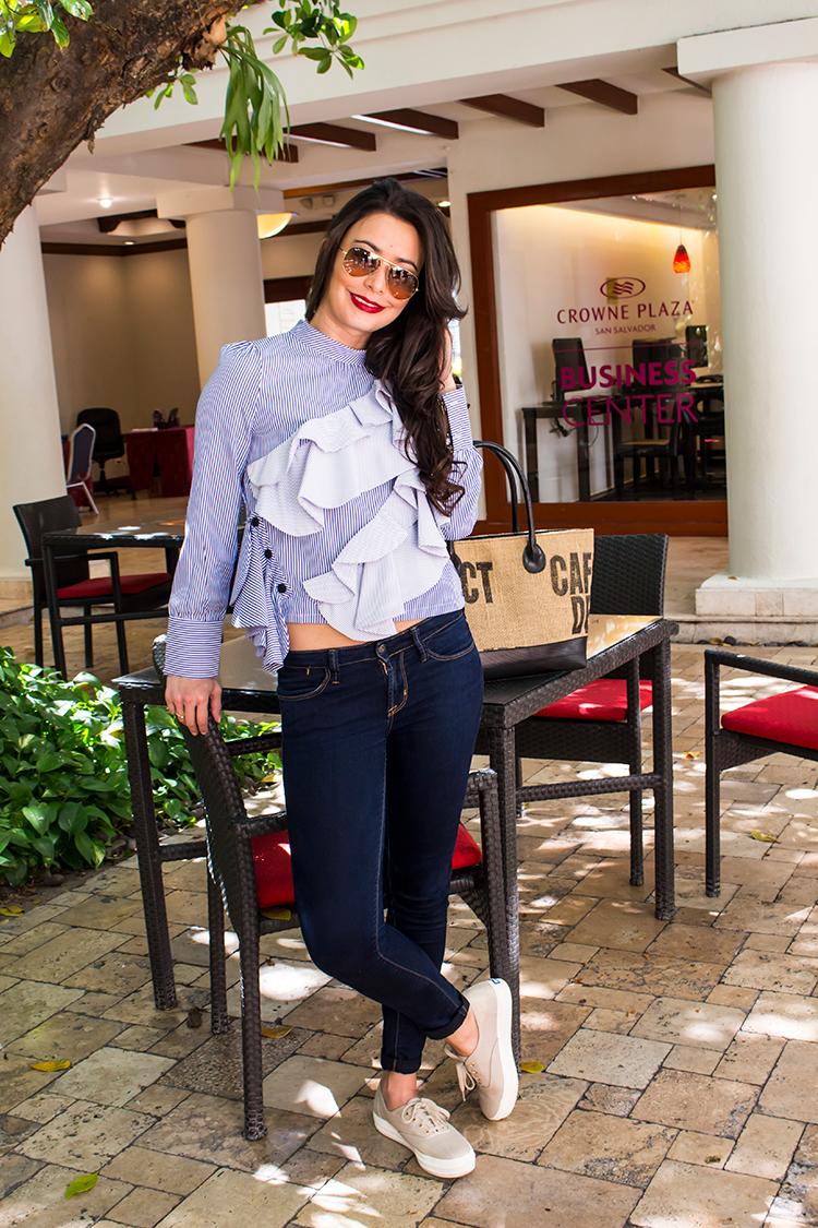 blusa-de-volantes-manga-larga-long-sleeve-ruffle-blouse