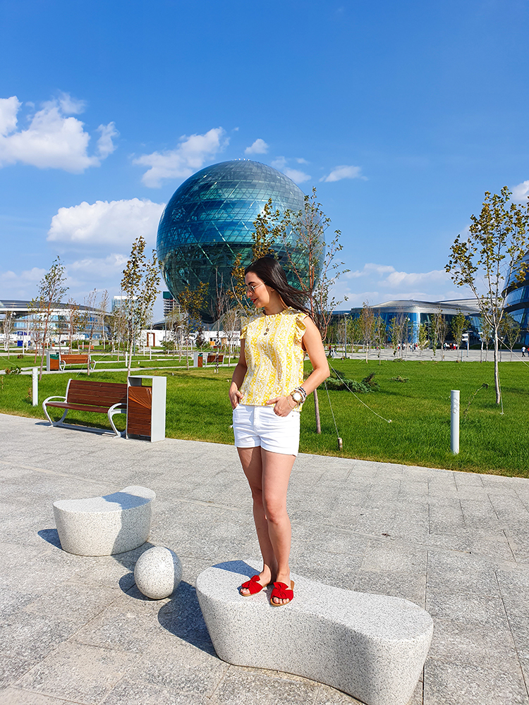 Esfera Nur Alem - Kazajistán